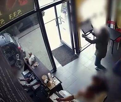 Napad na bar z kebabem w Łodzi. Odpowiedzą za rasizm