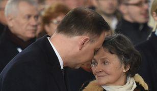 """Bez Boga ani do proga"". Kim jest mama prezydenta RP?"