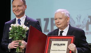 """Prezydent Andrzej Duda i prezes PiS Jarosław Kaczyński podczas gali """"Gazety Polskiej"""""""