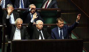Wicemarszałek Sejmu Ryszard Terlecki, prezes PiS Jarosław Kaczyński i minister spraw wewnętrznych i administracji Mariusz Błaszczak