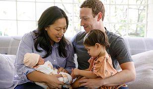 Mark Zuckerberg z żoną Priscillą, małą Max i August