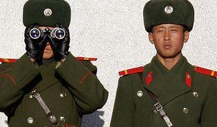 Korea Północna zakazuje jeansów i piercingu. Czego jeszcze tam nie wolno?