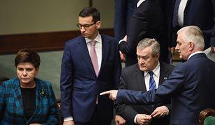 Beata Szydło, Mateusz Morawiecki, Piotr Gliński i Jarosław Gowin w ławach rządowych