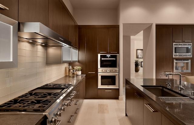 Jakie ściany w kuchni?  Aranżacje kuchni jaki kolor   -> Szara Kuchnia Jaki Kolor Ścian