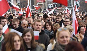 Marsz z okazji Narodowego Dnia Pamięci Żołnierzy Wyklętych zorganizowany w Krakowie 1 marca 2015 r.