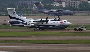 Chiny testują latającą łódź. AG600 to największa tego typu maszyna obecnie produkowana