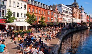Aarhus - miasto chodzących wstecz zegarów