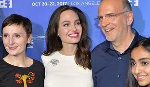 Angelina Jolie zachwyca w bieli. Pojawiła się na premierze w nietypowym towarzystwie