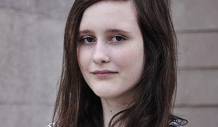 Karolina walczy z bulimią. Potrzebne są pieniądze