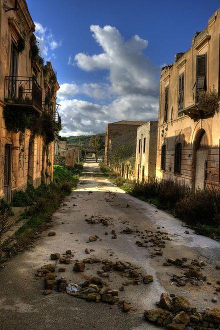 Poggioreale, Włochy