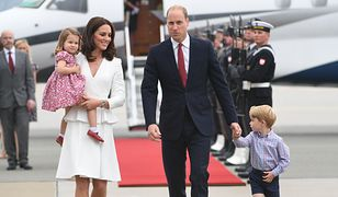Takie prezenty dostali George i Charlotte od polskiej ambasady. Godne książęcych dzieci?