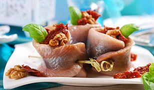 Śledzie - obowiązkowe danie na świątecznych stołach