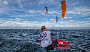 Ford Fiesta Kite Challenge - kiedy zwykłe pływanie to mocno za mało