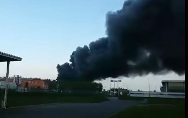Słup czarnego dymu na Dolnym Śląsku. Płonie fabryka