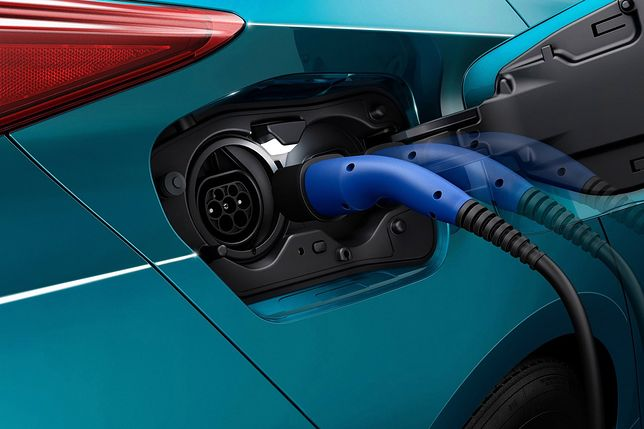 Toyota jednak będzie produkować samochody elektryczne