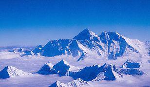 Widok na szczyt Mount Everestu