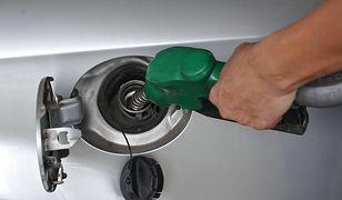 Najtańsze tankowanie w tym roku. Ceny paliw w dół