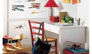 Naklejki ścienne w pokoju dziecięcym - inspiracje