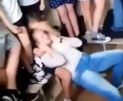 Małopolskie. Dziecko biło i dusiło koleżankę. Policja: To było MMA