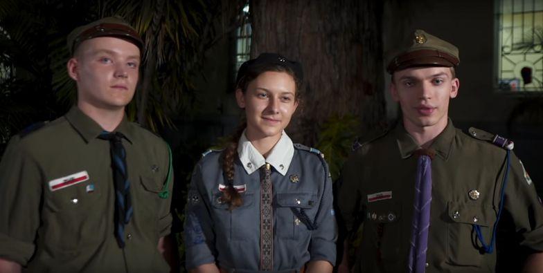 Patrol harcerzy w składzie: Szymon Bekisz, Anna Czesak i Maciej Skóra