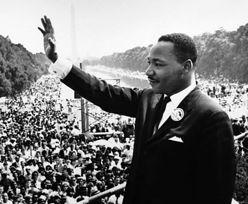 """Martin Luther King miał """"patrzeć i śmiać się"""", gdy pastor gwałcił kobietę"""