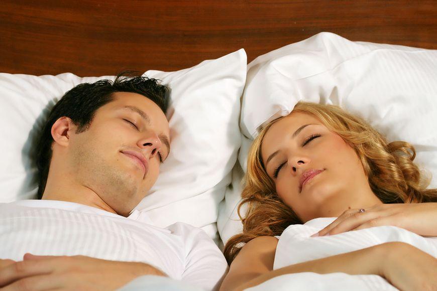 Szkodliwe dla zdrowia jest długie spanie w weekend