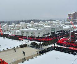 """Korea Północna. Kim Dzong Un otworzył """"idealne miasto komunistyczne"""""""