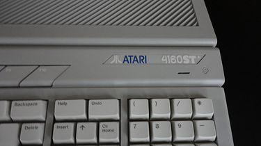 Atari Falcon część 1 – historia wróbla co chciał być jastrzębiem, a stał się Fenixem - Atari 4160STE.