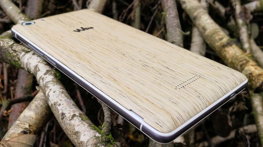Wiko Fever SE – test drewnianego, świecącego w ciemności francuskiego smartfonu