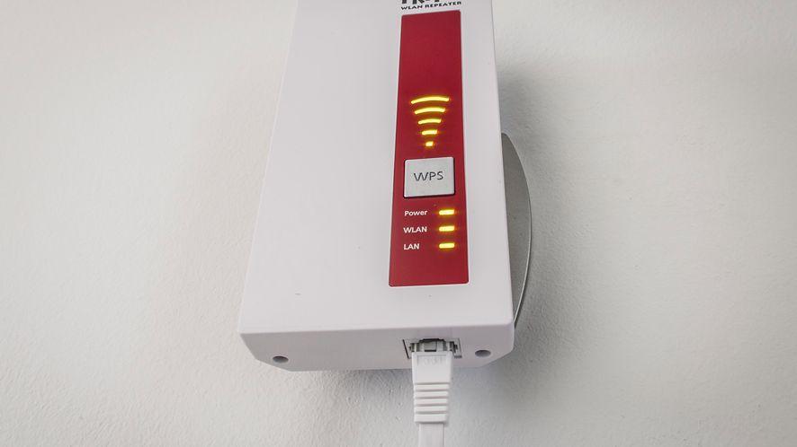 AVM Fritz! WLAN Repeater 1750E – test wzmacniacza Wi-Fi ac1300
