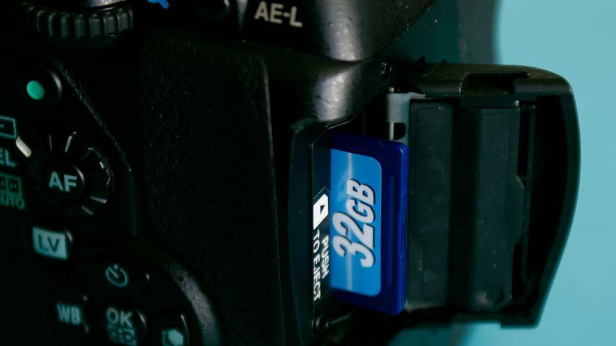 Transcend Wi-Fi SD Card — dla miłośników bezsensownego przesyłania danych