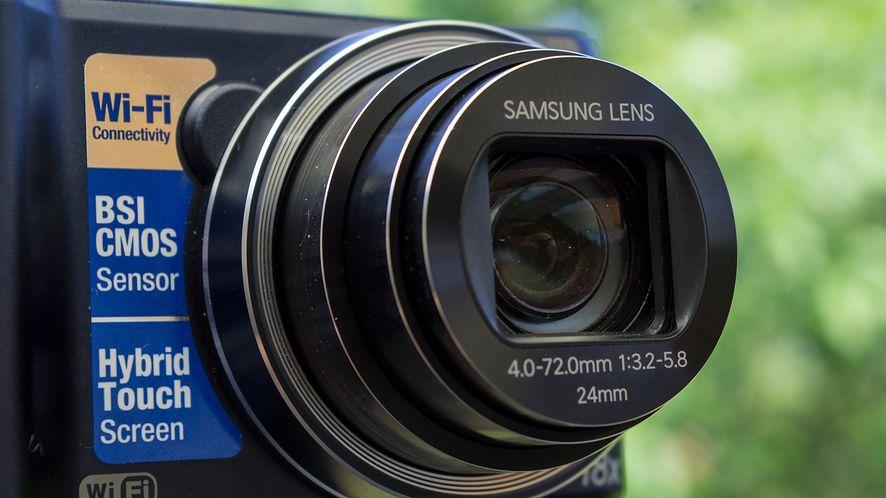 Samsung Smart Camera WB250F — wycieczkowy towarzysz