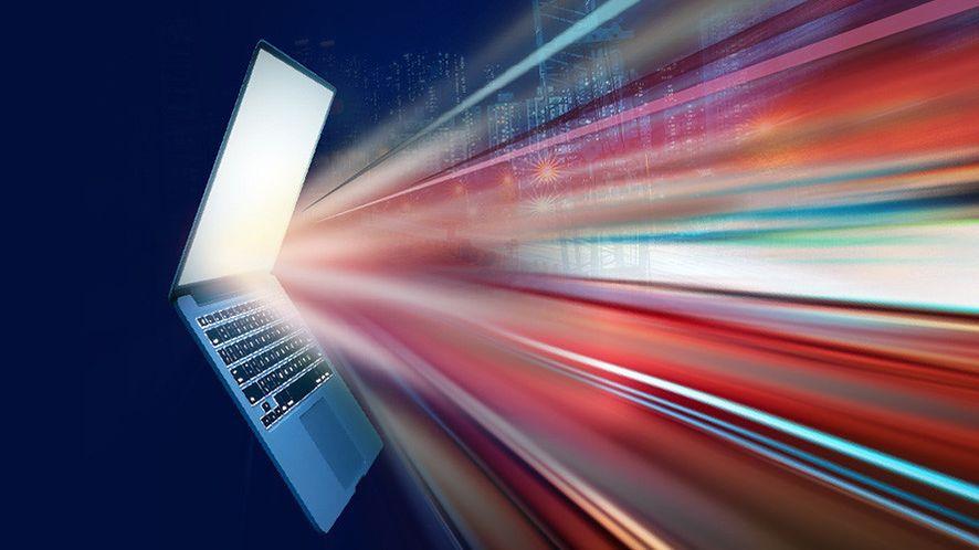 """""""Nowa generacja najlepszych komputerów na świecie"""", fot. Materiały prasowe"""