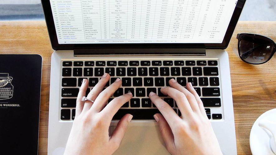 Co kupić w Nowym Roku? Poznaj ranking laptopów na styczeń 2021