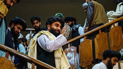 Talibowie wiedzą jak używać internetu. Przyniesie im korzyści