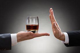 Miesiąc bez alkoholu? Sprawdź, co będzie się działo w twoim organizmie