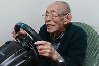 Ma 93 lata. Jego hobby? Gry wyścigowe - 93-letni youtuber w swoim żywiole