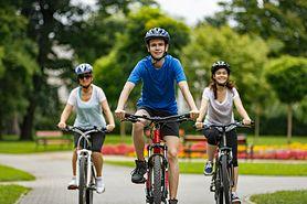 Młodsi nie przepadają za rowerem, starsi wolą go od biegania, czyli jakie dyscypliny uprawiają Polacy?