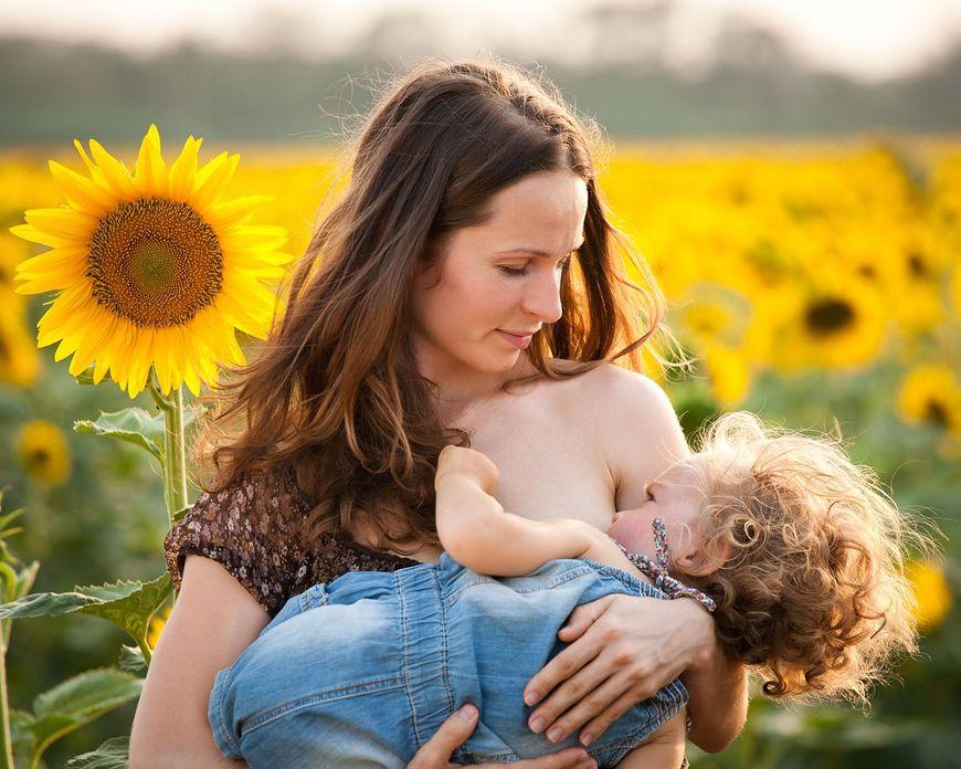 Karmienie piersią a życie niemowląt