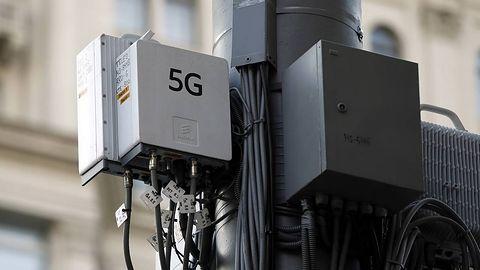 """Funkcjonariusz Straży Granicznej """"potwierdził"""" teorię spiskową na temat 5G i koronawirusa"""