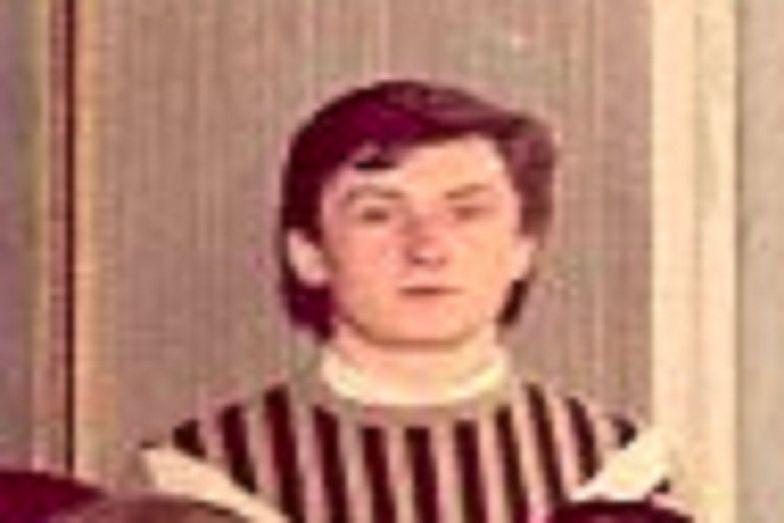 18-letni Durczok w gustownym sweterku. Dziennikarz pokazał zdjęcie z klasy maturalnej