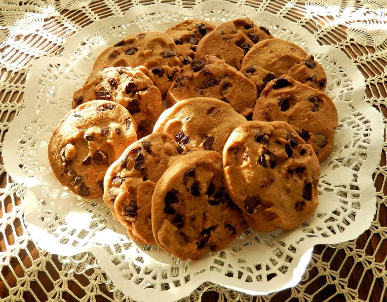Przepis na ciasteczka z kawałkami czekolady. Znakomicie poprawiają humor!