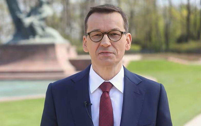 """""""Trwajcie w polskości"""". Premier Morawiecki złożył życzenia nam wszystkim"""
