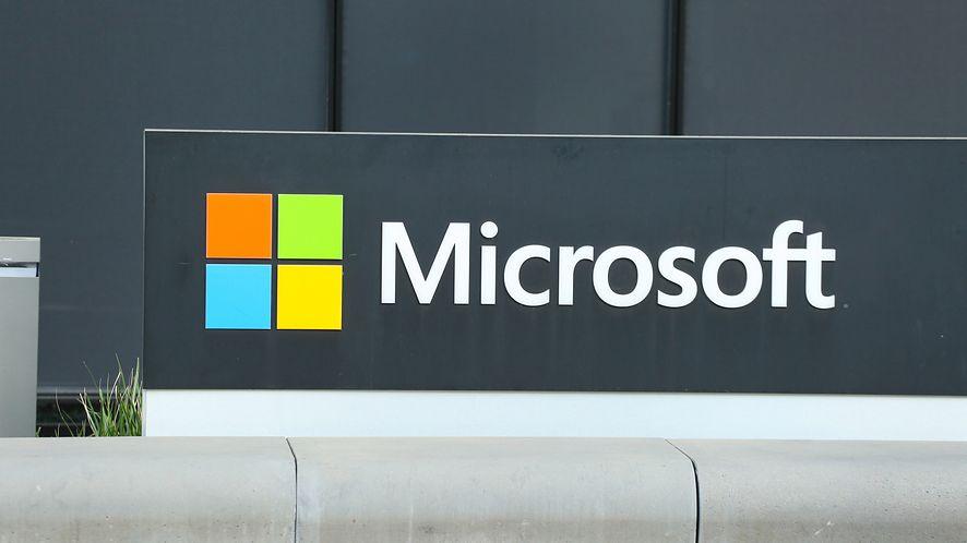 Baza danych Microsoftu była dostępna w internecie bez zabezpieczeń, fot. Getty Images