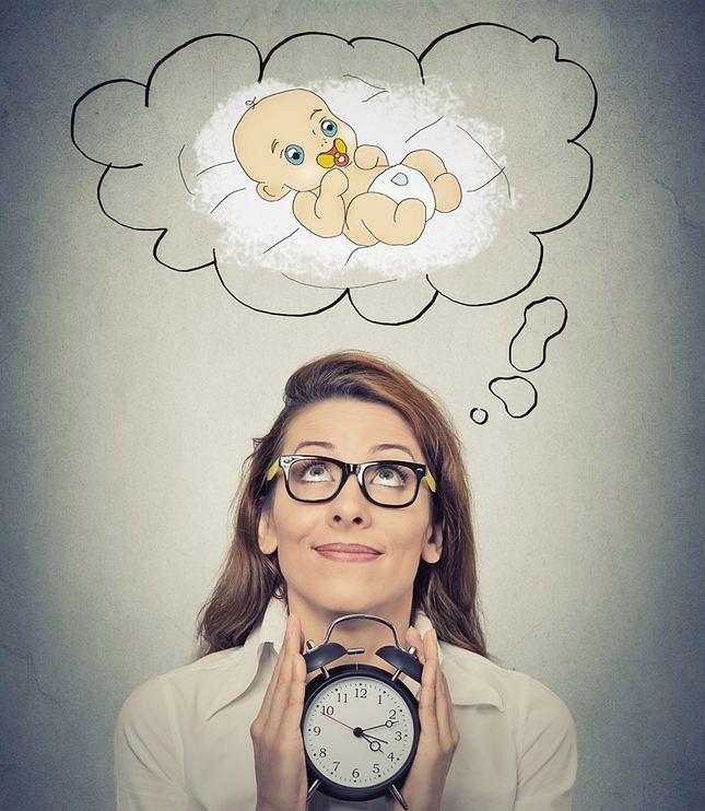Kobiety coraz później decydują się na macierzyństwo