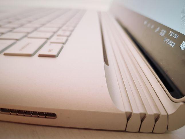 obudowa Surface Book 3 wykonana jest ze stopu magnezu, fot. Jakub Krawczyński