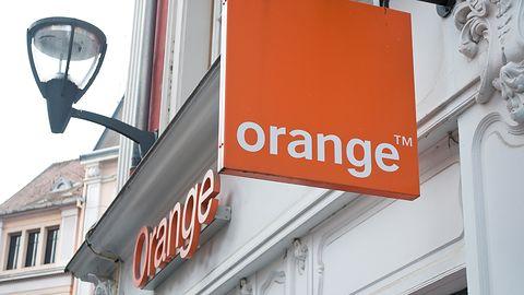 Orange Polska oskarżony o narażanie pracowników na zakażenie. Wyjaśniamy