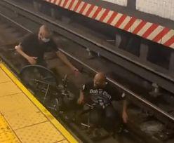 Spadł z wózka inwalidzkiego na tory. Uratował go przypadkowy mężczyzna