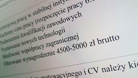 """Rządowa instytucja ma pracę dla """"informatyka"""" za 4500 zł brutto"""