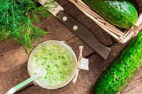 Zredukuj wagę i oczyść organizm po świętach. Pij zielony koktajl odchudzająco-detoksykujący top modelek